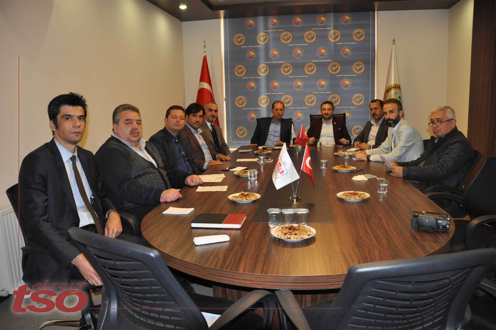 Elazığ TSO Başkanı Arslan Manisa Ticaret Borsası Başkanı Sadık Özkasap ve Manisa TSO' yu Ziyaret Etti.